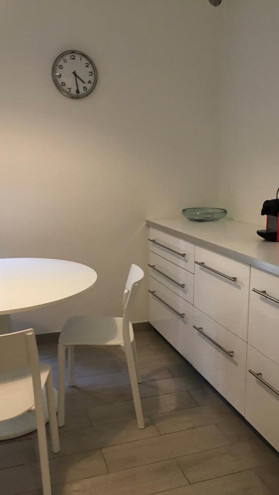 salle à manger logement étudiant externe à la prepa médecine PACES+ Nice