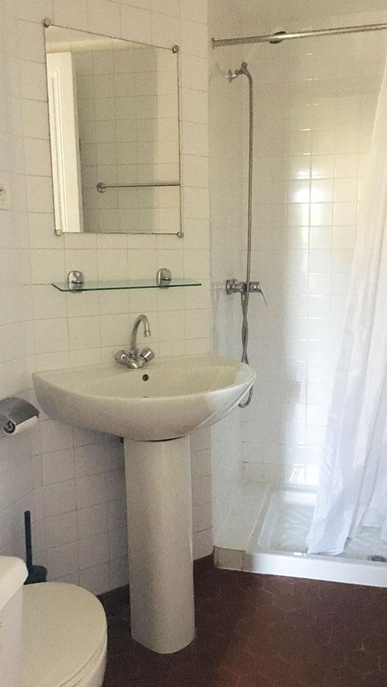 salle d'eau logement étudiant externe à la prepa medecine PACES+ nice